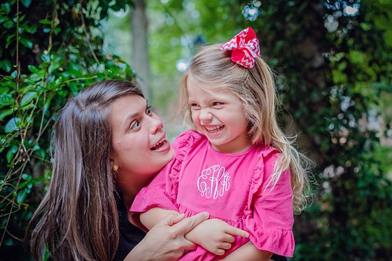 Do's & Don'ts for Capturing a Natural Smile 1 Daily Mom Parents Portal