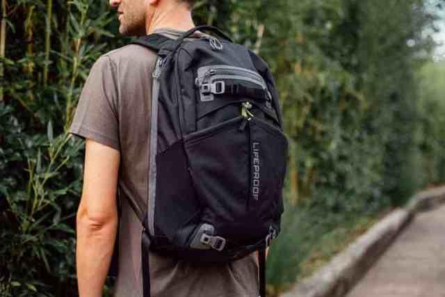 lifeproof-backpack (3 of 4)