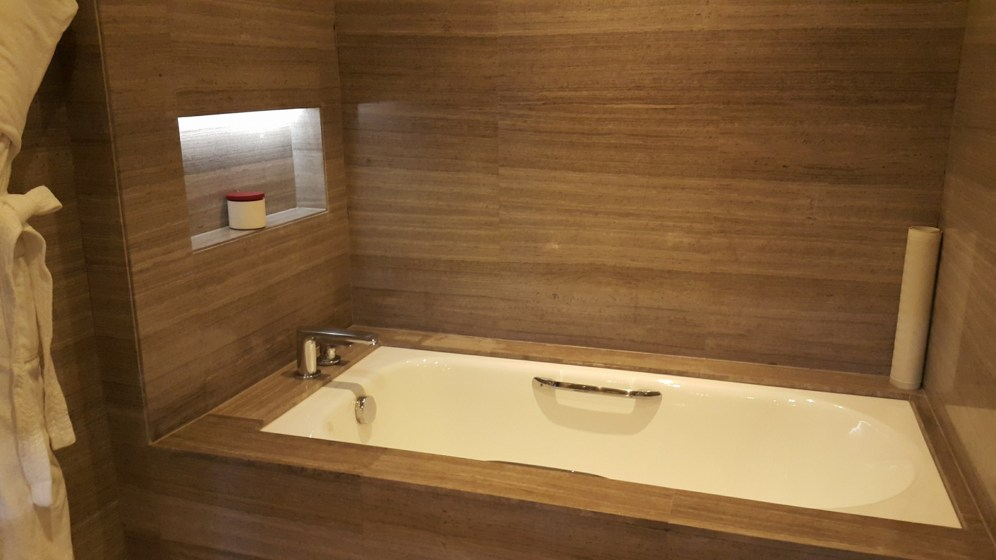 Separate bathtub from the shower