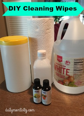 DIY cleaning wipes that you can make right now for less than 50 cents! http://dailymomtivity.com