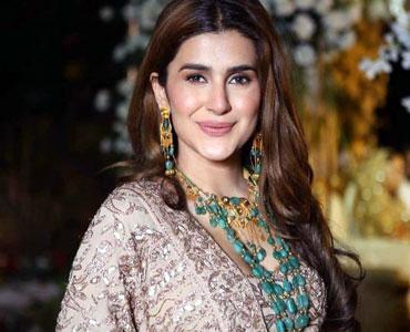 اداکارہ کبری خان