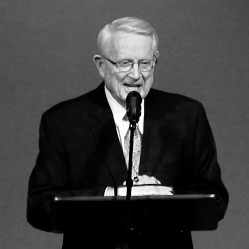Read more about the article Charles R. Swindoll