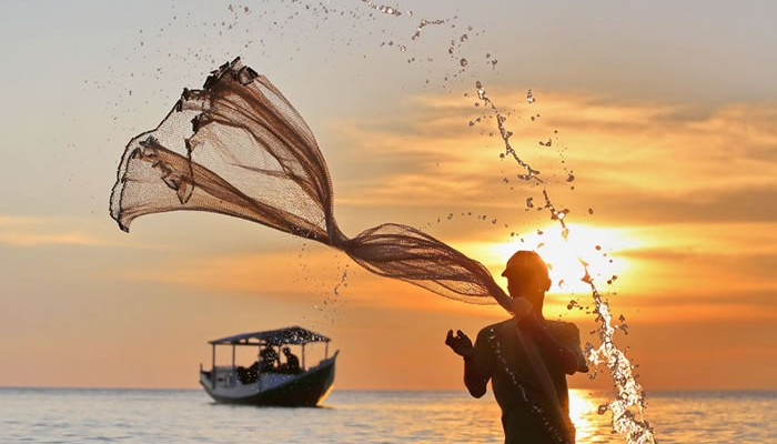 national geographic photo contest winners 2013 water indonesia boat