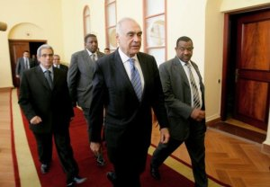 Foreign Minister Mohamed Amr announced a free-travel zone between Egypt, Libya and Tunisia
