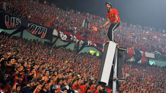 Al-Ahly supporters stoke up the atmosphere before a game. (AFP Photo)