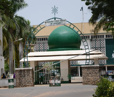 APC-dominated Kaduna Assembly suspends 2 PDP members for 'manipulative activities'