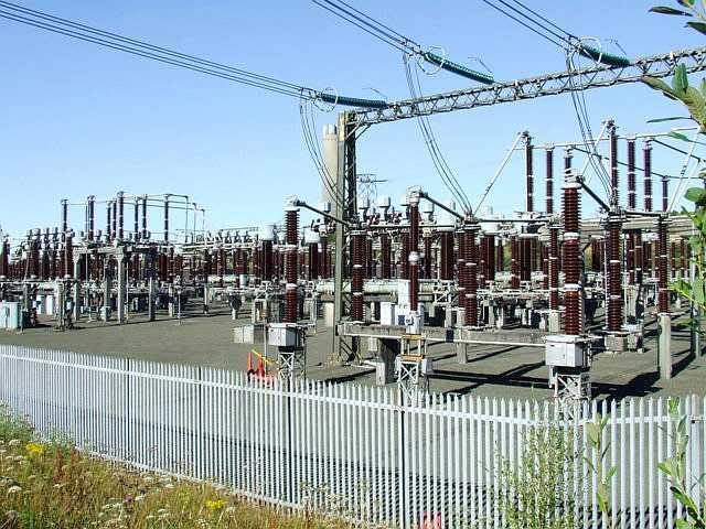 Fashola: 2,000mw idle as electricity generation hits 7,000mw