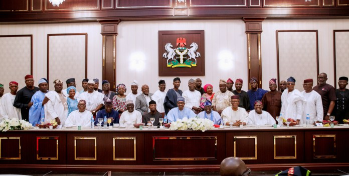 President Muhammadu Buhari with Governor of Nasarawa State/Chairman of Ekiti State APC Governorship Primaries, Alhaji Tanko Al-Makura ; Vice President Yemi Osinbajo; APC Chieftain Asiwaju Bola Tinubu, APC National Chairman, Chief John Odigie-Oyegun with Ekiti APC Governorship Aspirants during a dinner the President hosted in honour of the South West APC Leaders and Gubernatorial Aspirants of Ekiti State at the Presidential Villa Abuja on Wednesday Night. 16/5/2018/ICE/NAN