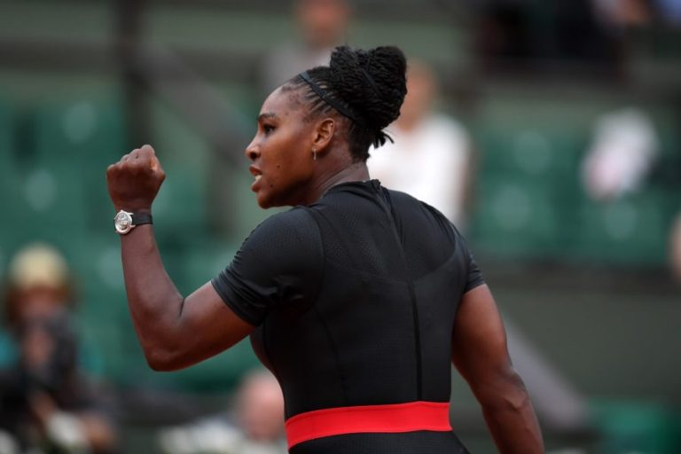 Serena withdraws injured from French Open before Sharapova clash