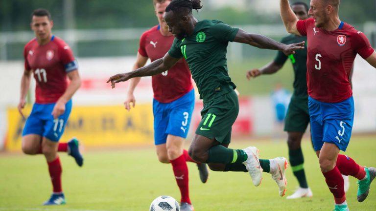 Rohr leaves Eagles' door open for Moses return, but…