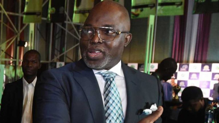 FIFA recognises only Pinnick as NFF president, Infantino says