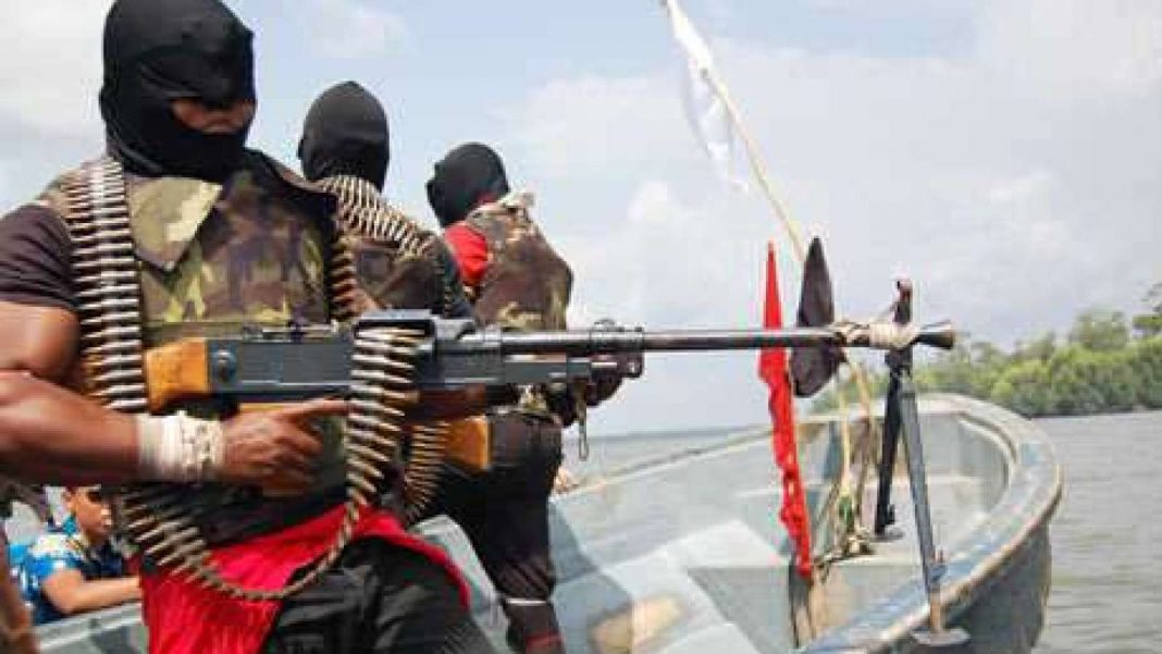 Niger-Delta-Militants-1Niger-Delta-Militants-1