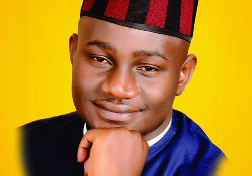 A former President of National Association of Nigerian Students, NANS, Daniel Onjeh, on Sunday March 24, 2019 burst into tears after the INEC declared Gov. Samuel Ortom of Benue winner of the 2019 governorship election.