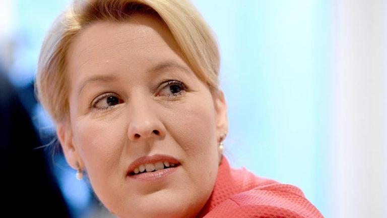 German women Affairs minister says companies ignoring quotas