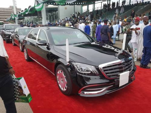 President Muhammadu Buhari on Wednesday appeared in a new 2019 Mercedes-Maybach s650 bullet-proof car, which experts say it is worth at least N280million.