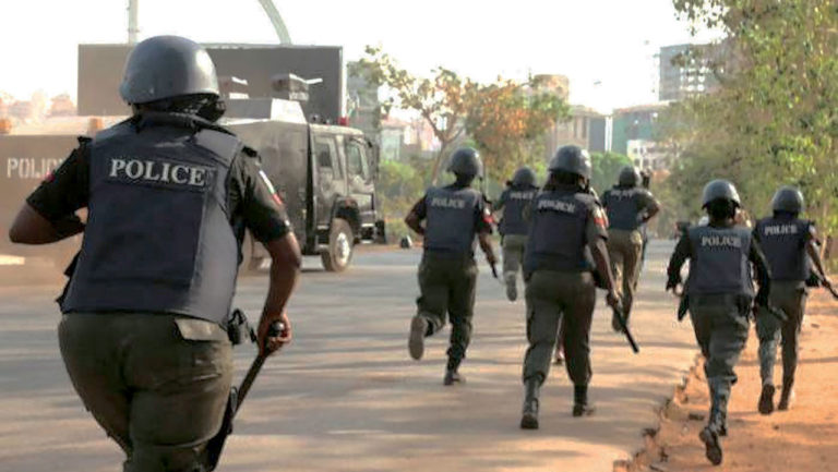 Abducted police officers regain freedom
