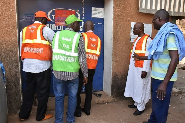 Officials of the Kaduna State Internal Revenue Service sealing-off HPZ limited, situated along Western Bye-Pass over non-remittance of Pay-As-You-Earn tax Tuesday, November 2019.