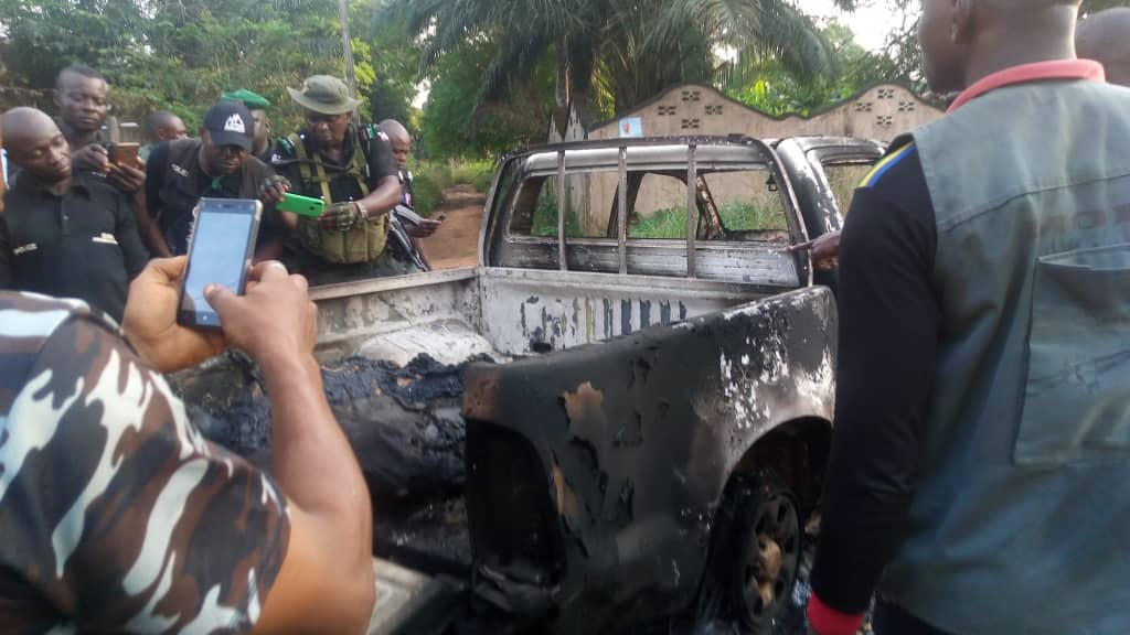 Members of the proscribed Indigenous People of Biafra, IPOB, have allegedly attacked police in Anambra, killing Assistant Commissioner of Police and a Sector Commander of Special Anti-Robbery Squad, SARS.