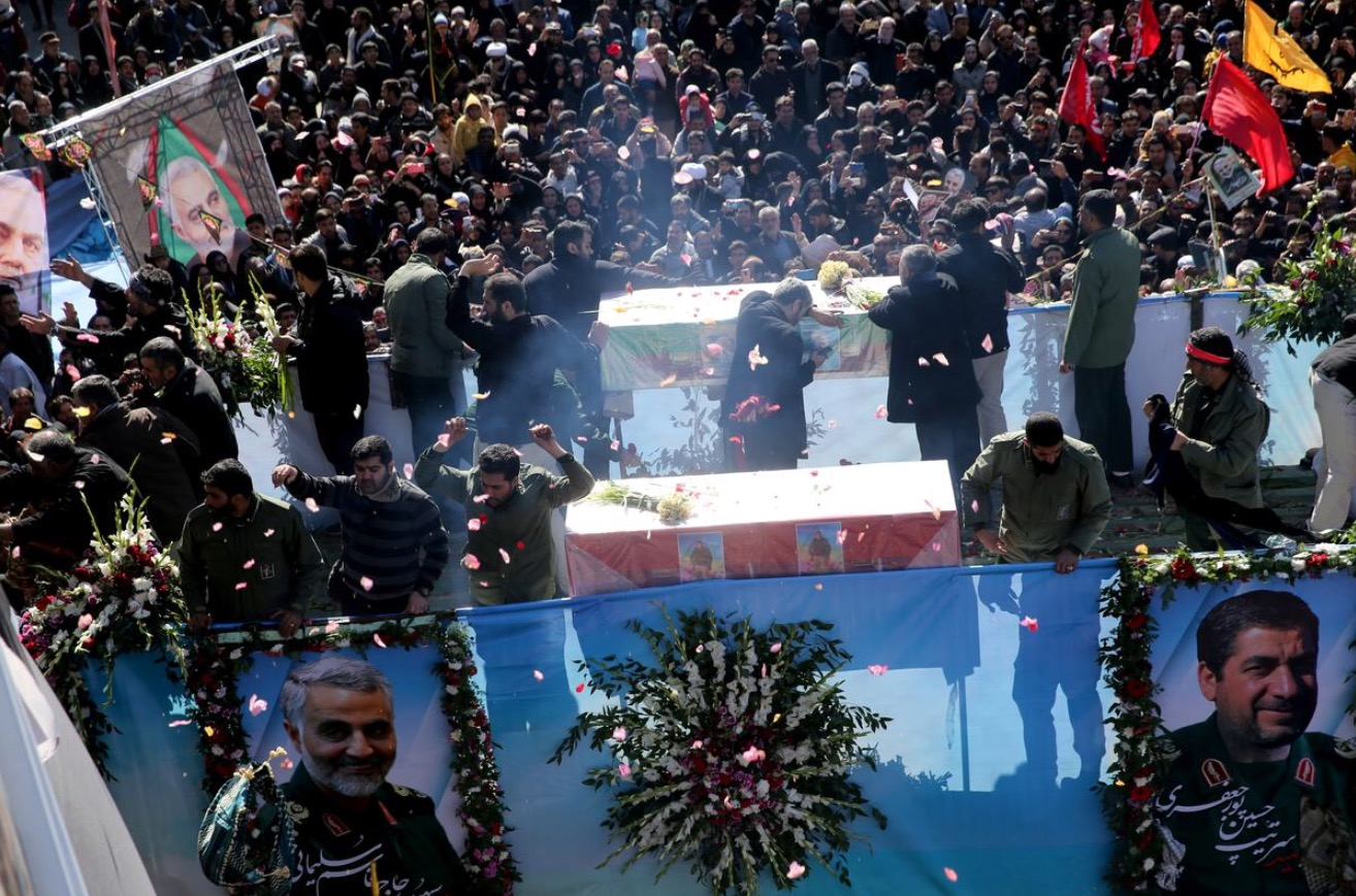 Iranian people attend a funeral procession and burial for Iranian Major-General Qassem Soleimani, head of the elite Quds Force, who was killed in an air strike at Baghdad airport, at his hometown in Kerman, Iran January 7, 2020.