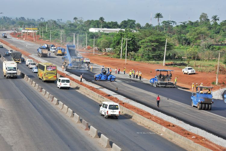 FILE: Abuja-Kaduna-Zaria-Kano road construction