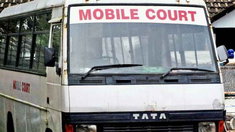 COVID-19: Mobile court tries 202 joggers, cyclists for flouting lockdown order in Lagos
