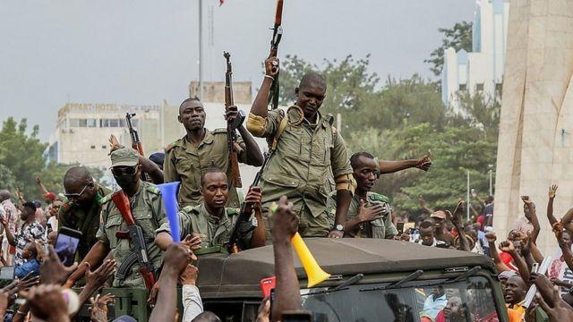 Mali junta given 1-week ultimatum to meet ECOWAS demands