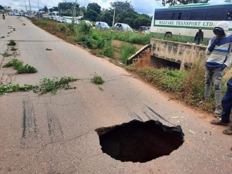 Motorists plying Kaduna-Zaria road in untold hardship as Rigachikun bridge collapse