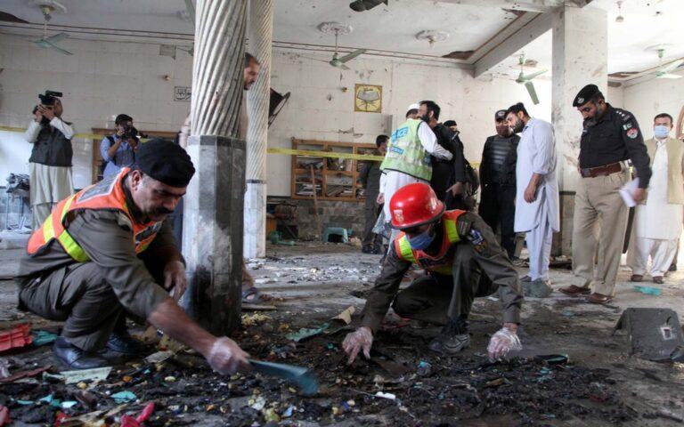Police arrest suspects of Islamic school bombing in Pakistan