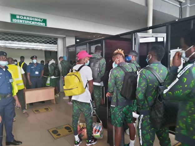 Super Eagles depart for Freetown ahead of Sierra Leone rematch