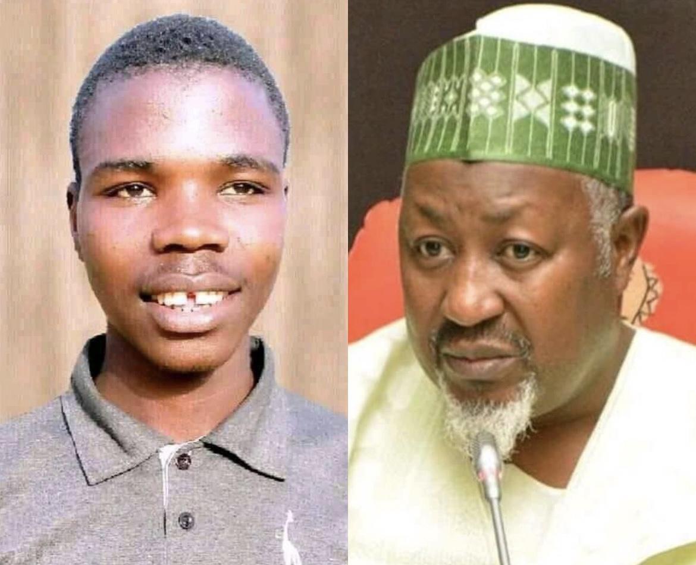 Sabiu Chamo (left) and Governor Badaru Abubakar