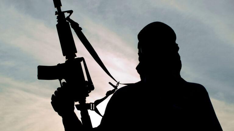 Gunmen attack bullion van, kills driver, policeman