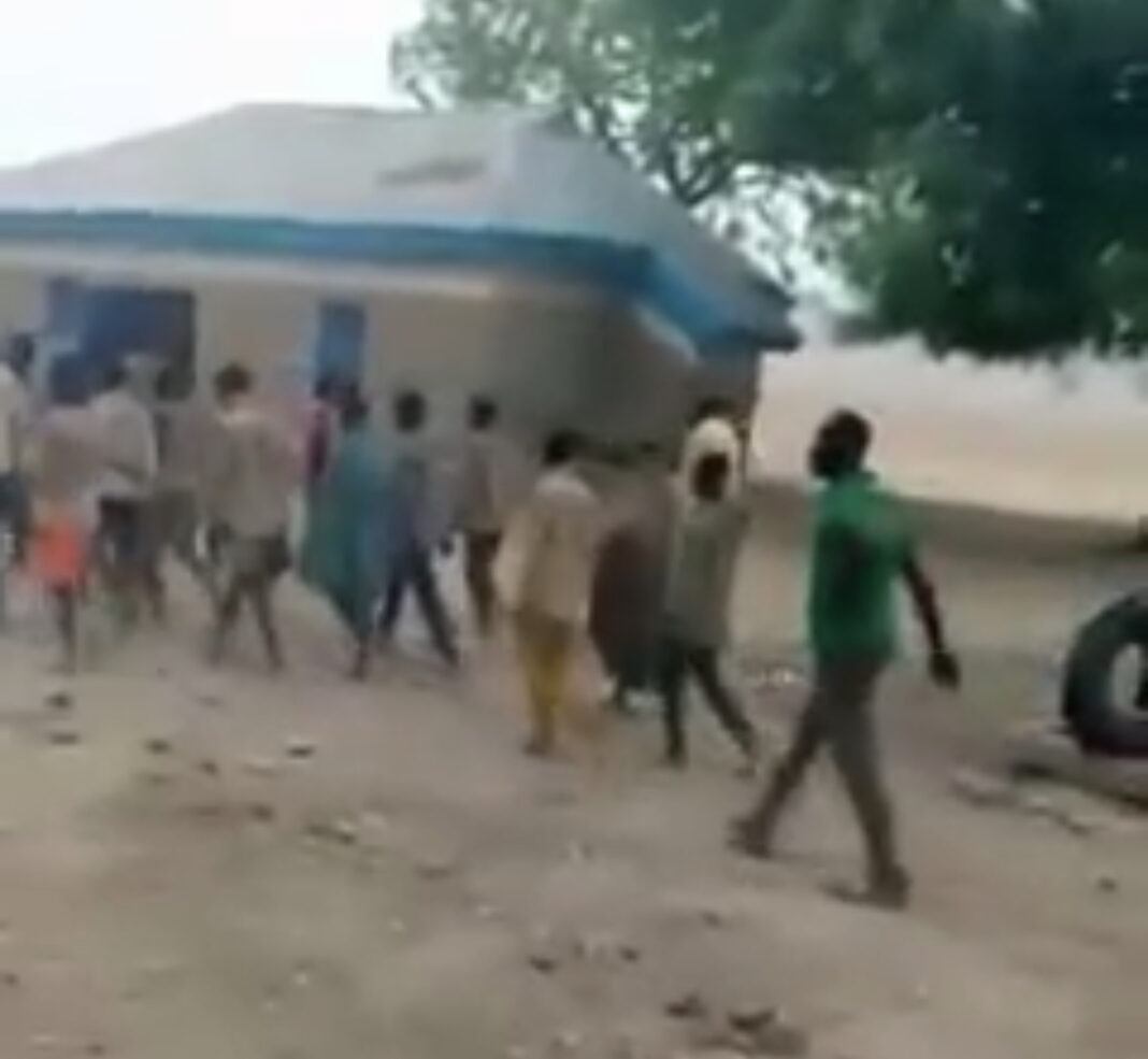 Abducted staff and students of Kagara School after their release on Saturday morning