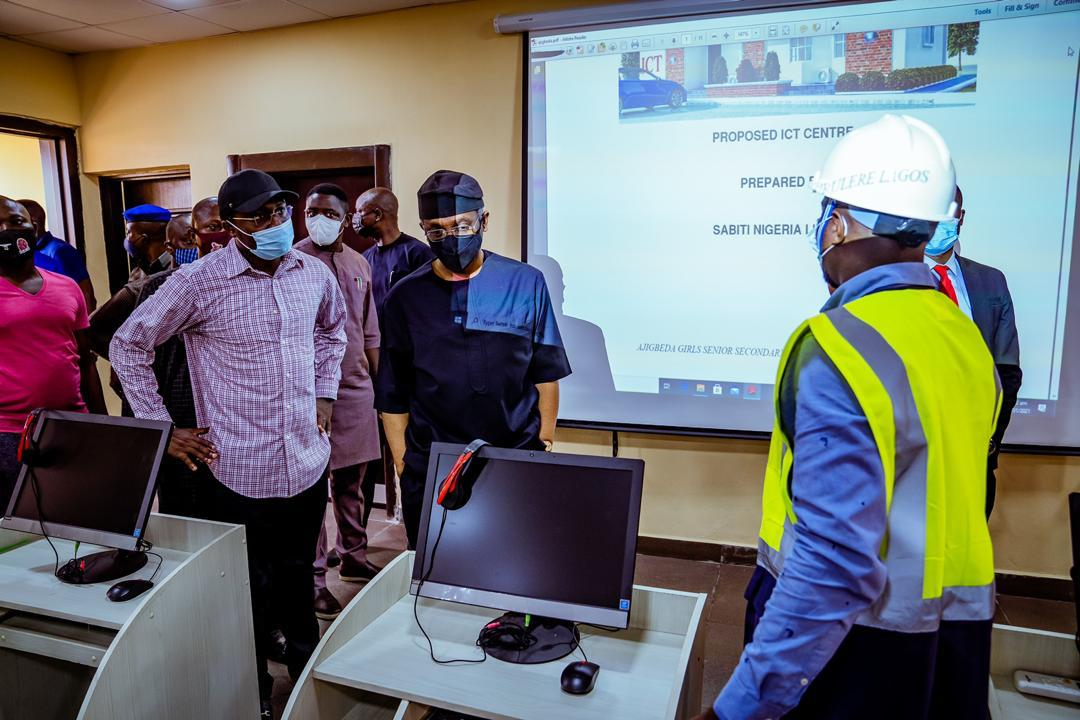 Inspecting one of the fully equipped ICT centres at the Ajigbeda Girls High School, Surulere, under the ICT initiative attracted to 10 secondary schools in Surulere 1 Federal Constituency by Speaker of the House, Rep. Femi Gbajabiamila. Photo: Speaker's Media Unit.