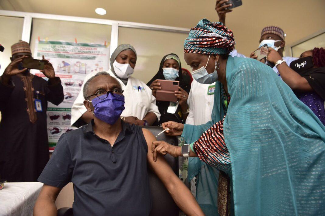 Kaduna State Governor, Nasir El-Rufai taking COVID-19 vaccine