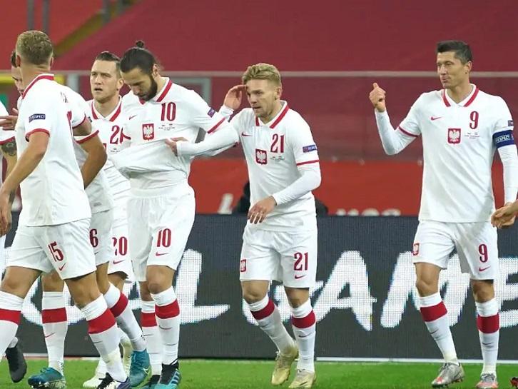 COVID-19: 2 Poland players test positive ahead of England match