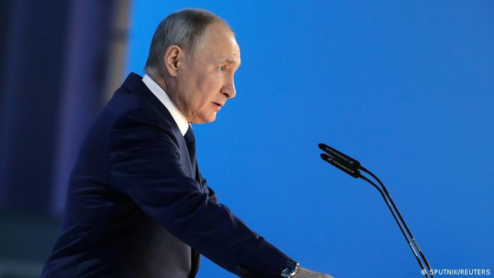 Russia will not provide free vaccination to foreign citizens – Putin