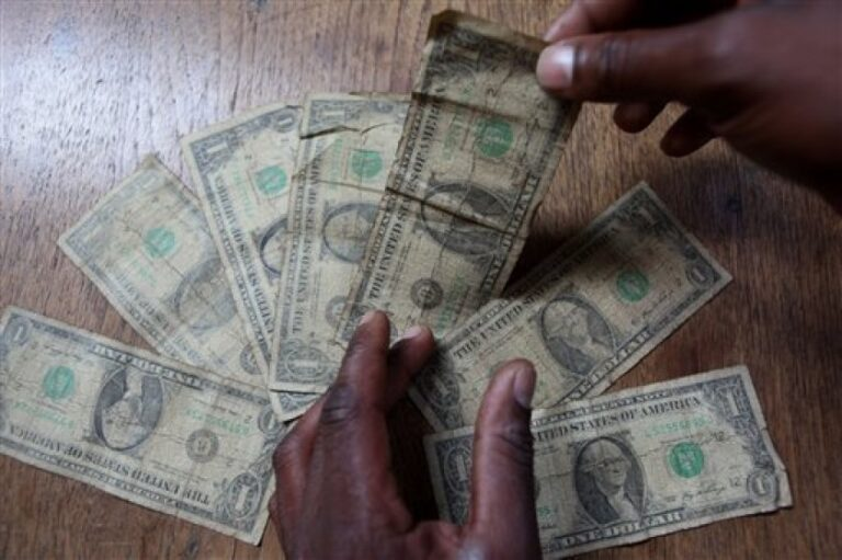 CBN to sanction DMBs, BDCs for rejecting old, smaller denomination of U.S dollars