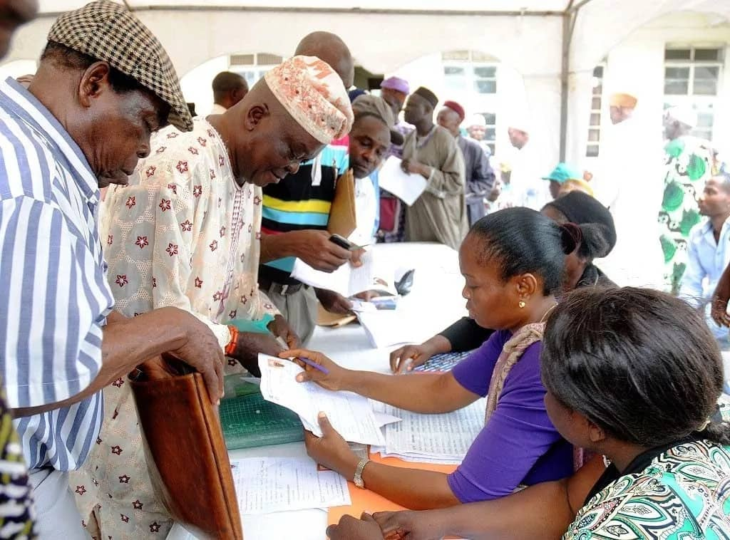 Nigerian retirees queuing up for pension verification. Photo credit: legit.ng