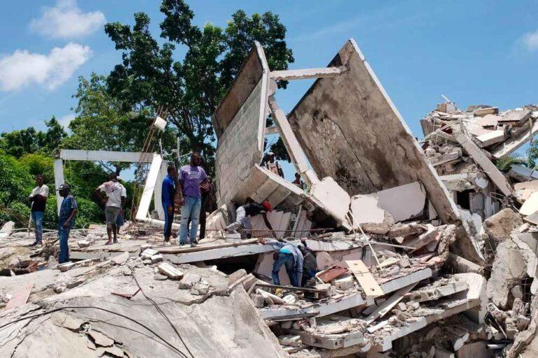 Death toll in Haiti earthquake rises to 1,297