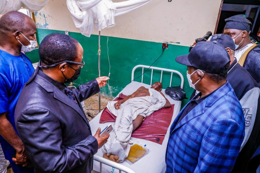 Governor Simon Lalong of Plateau State on Monday visited victims of Saturday attack on Muslim travellers, who are receiving treatment at Plateau State Specialist Hospital and others at Bingham University Teaching Hospital.