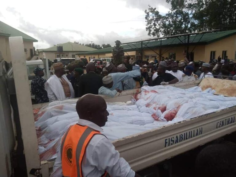PHOTOS: 25 travellers killed in Jos buried in mass grave