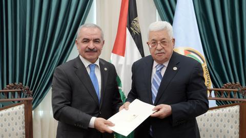 Palestinian leader Abbas meets Israeli Defence Minister Gantz