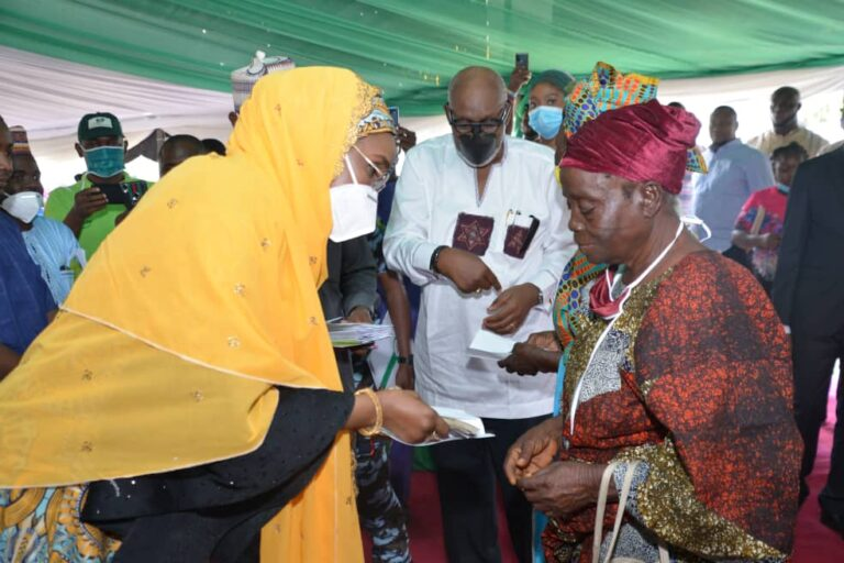 Nigerian govt begins distribution of debit cards for payment of monthly stipend to poor people