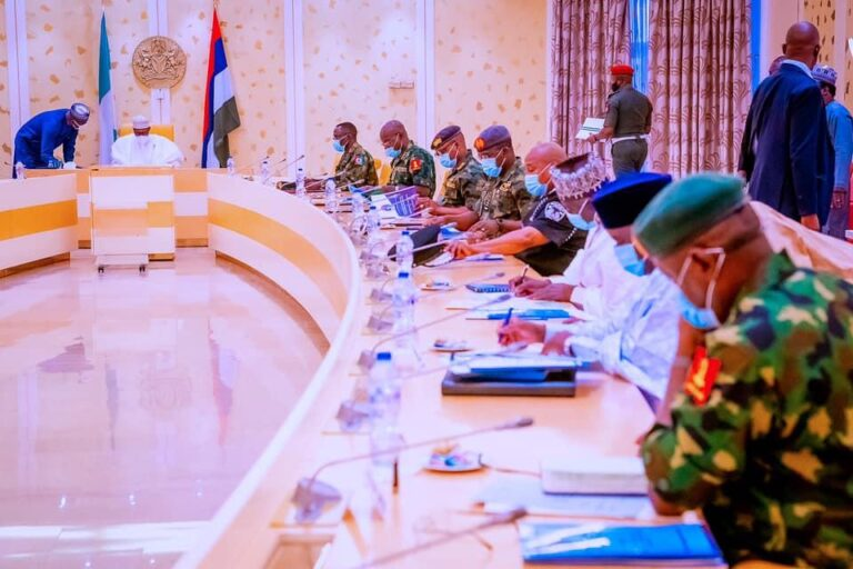 Insecurity: Buhari meets security chiefs, others