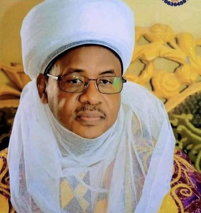 UPDATED: Kidnappers abduct Emir of Bungudu along Abuja-Kaduna highway