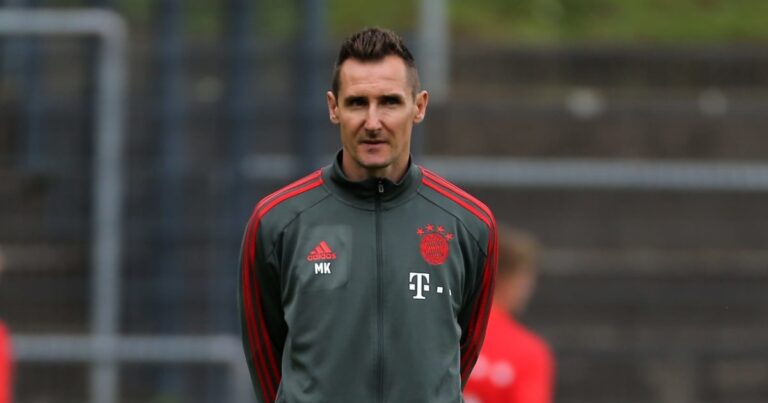 Klose under consideration for Germany under-21 coaching job
