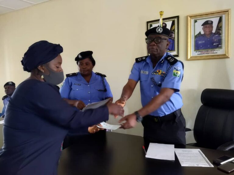 Families of deceased police personnel get N22.7m insurance claims