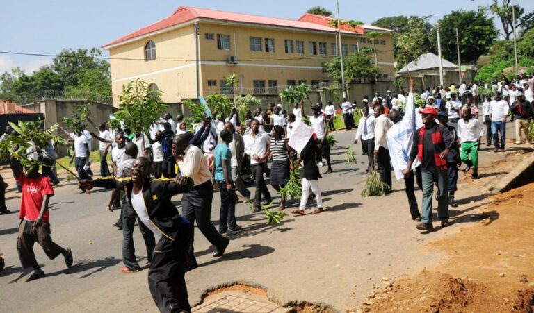 Plateau Poly students protest postponement of semester examinations