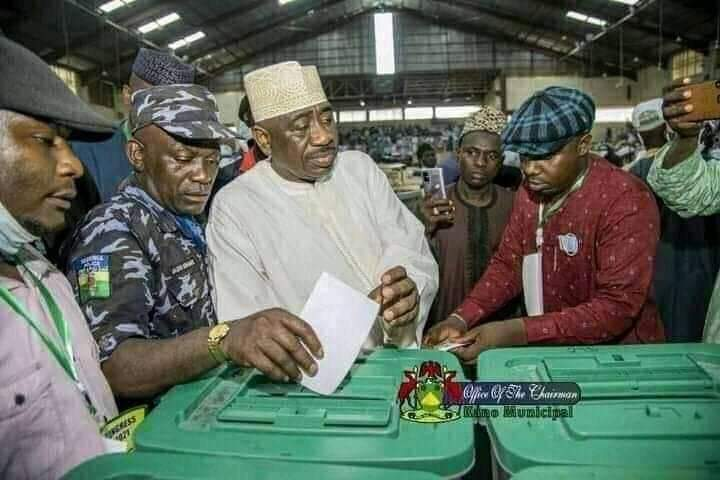 Police to investigate officer allegedly caught casting vote at Kano APC congress