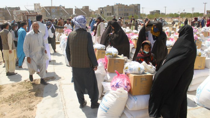 Thousands Afghans get assistance from UN refugee agency